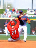 Cincinnati Reds v Cleveland Indians, GOODYEAR, AZ - FEBRUARY 27: Asdrubal Cabrera and Scott Rolen Photographic Print by Norm Hall