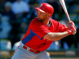 Philadelphia Phillies v Pittsburgh Pirates, BRADENTON, FL - MARCH 12: Raul Ibanez Photographic Print by J. Meric