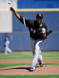 Chicago White Sox v Milwaukee Brewers, PHOENIX, AZ - MARCH 17: Edwin Jackson Photographic Print by Kevork Djansezian