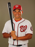 Washington Nationals Photo Day, VIERA, FL - FEBRUARY 25: Ivan Rodriguez Fotografie-Druck von Al Bello