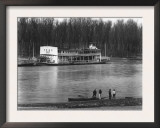 Ferry and River men, Vicksburg, Mississippi, c.1936 Prints by Walker Evans