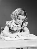 Girl Crayoning in Book Fotografie-Druck von H. Armstrong Roberts