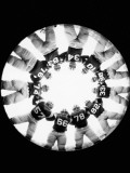 American Football Players in Huddle Fotografisk tryk af H. Armstrong Roberts