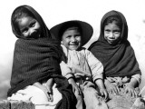 Portrait of Three Smiling Children, Sitting Together, Mexico Photographic Print by H. Armstrong Roberts