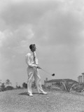Man Playing Golf at Biltmore Hotel in Miami, Florida Photographie par H. Armstrong Roberts