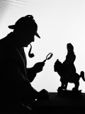 Silhouette of Man Wearing Deerstalker, Dressed As Sherlock Holmes Photographie par H. Armstrong Roberts