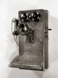 Wooden Old-Time Crank Wall Phone Papier Photo par H. Armstrong Roberts