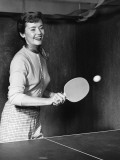 Woman Playing Table Tennis Reproduction photographique