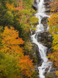 Silver Cascade Waterfall in White Mountains in Autumn, Crawford Notch State Park, New Hampshire Fotografie-Druck von Jerry & Marcy Monkman