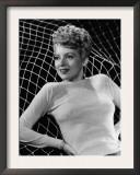 Evelyn Keyes, 1945 Art