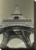 Eiffel Tower Looking Up Opspændt lærredstryk af Christian Peacock