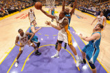 New Orleans Hornets v Los Angeles Lakers - Game One, Los Angeles, CA - April 17: Shannon Brown Lámina fotográfica