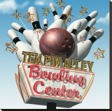 Ten Pin Alley Bowling Center Reproduction transf&#233;r&#233;e sur toile par Anthony Ross