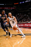 Memphis Grizzlies v San Antonio Spurs - Game One, San Antonio, TX - April 17: Tony Parker and Mike  Fotografisk tryk