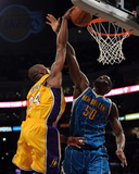 New Orleans Hornets v Los Angeles Lakers - Game Five, Los Angeles, CA - April 26: Kobe Bryant and E Photo