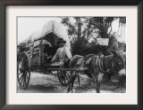 Mexican Emigrating to the U.S. Photograph - Nuevo Laredo, Mexico Art