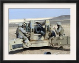 US Marines Prepare to Fire a Howitzer Near Baghdad, Iraq, January 6, 2007 Print by  Stocktrek Images