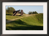 Revolutionary War Cannon Atop a Redoubt at Yorktown Battlefield, Virginia Print