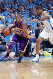 Los Angeles Lakers v New Orleans Hornets - Game Six, New Orleans, LA - APRIL 28: Kobe Bryant and Tr Photographic Print by Layne Murdoch