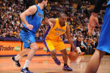 Dallas Mavericks v Los Angeles Lakers - Game Two, Los Angeles, CA - MAY 4: Ron Artest and Peja Stoj Photographic Print by Andrew Bernstein