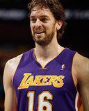 Los Angeles Lakers v New Orleans Hornets - Game Three, New Orleans, LA - APRIL 22: Pau Gasol Photographic Print by Chris Graythen