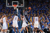 Memphis Grizzlies v Oklahoma City Thunder - Game Two, Oklahoma City, OK - MAY 3: O.J. Mayo, Nick Co Photographic Print by Joe Murphy