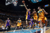 Los Angeles Lakers v New Orleans Hornets - Game Three, New Orleans, LA - APRIL 22: Derek Fisher and Photographic Print by Layne Murdoch