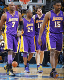 Los Angeles Lakers v New Orleans Hornets - Game Three, New Orleans, LA - APRIL 22: Pau Gasol, Kobe  Photographic Print by Layne Murdoch