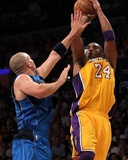 Dallas Mavericks v Los Angeles Lakers - Game Two, Los Angeles, CA - MAY 04: Kobe Bryant and Jason K Photographic Print by Stephen Dunn