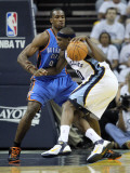 Oklahoma City Thunder v Memphis Grizzlies - Game Four, Memphis, TN - MAY 09: Serge Ibaka and Zach R Photographic Print by Andy Lyons