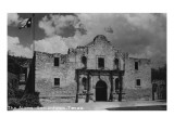 San Antonio, Texas - The Alamo Prints by  Lantern Press