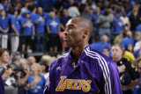 Los Angeles Lakers v Dallas Mavericks - Game Three, Dallas, TX - MAY 6: Kobe Bryant Photographic Print by Danny Bollinger