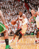 Boston Celtics v Miami Heat - Game Five, Miami, FL - MAY 11: Dwyane Wade and Delonte West Photographic Print by Victor Baldizon