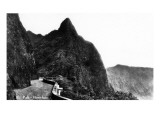 Honolulu, Hawaii - Pali Peak Prints by  Lantern Press