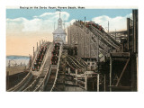 Revere Beach, Massachusetts - View of Derby Racer Poster av  Lantern Press