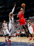 Chicago Bulls v Atlanta Hawks - Game Four, Atlanta, GA - MAY 8: Josh Smith and Derrick Rose Photographic Print by Kevin Cox