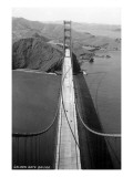 San Francisco, California - Golden Gate Bridge from Bridge Pinnacle Premium Giclée-tryk af  Lantern Press
