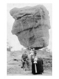 Colorado Springs, Colorado - Family Posing by Balanced Rock in Garden of Gods Posters