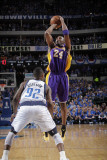 Los Angeles Lakers v Dallas Mavericks - Game Three, Dallas, TX - MAY 6: Kobe Bryant and DeShawn Ste Photographic Print by Glenn James
