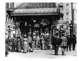 Pioneer Square and Pergola Crowds - Seattle, WA Poster von  Lantern Press