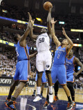 Oklahoma City Thunder v Memphis Grizzlies - Game Four, Memphis, TN - MAY 9: Zach Randolph, Serge Ib Photographic Print by Andy Lyons