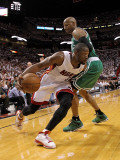 Boston Celtics v Miami Heat - Game Five, Miami, FL - MAY 11: Dwyane Wade and Ray Allen Photographic Print by Mike Ehrmann