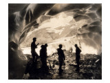 Ice Cave with Party, Mount Rainier, Undated Giclée-Druck von Asahel Curtis