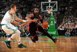 Miami Heat v Boston Celtics - Game Four, Boston, MA - MAY 9: Dwyane Wade and Delonte West Photographic Print by Brian Babineau