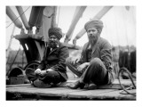 Two Sikh Men Sitting on a Dock, Circa 1913 Reproduction procédé giclée par Asahel Curtis