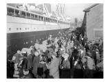W.H. Alexander Leaving Dock, 1923 Giclee Print by Asahel Curtis