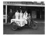 Union Market Delivery Motorcycle, 1927 Reproduction proc&#233;d&#233; gicl&#233;e par Chapin Bowen