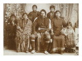 Nez Perce Family, 1900-1902 Premium Giclee Print by E.G. Cummings