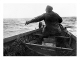 Setting the Line From Dory, Alaska Coast, Undated Reproduction proc&#233;d&#233; gicl&#233;e par Asahel Curtis