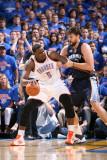 Memphis Grizzlies v Oklahoma City Thunder - Game Seven, Oklahoma City, OK - MAY 15: Kendrick Perkin Fotografisk tryk af Joe Murphy